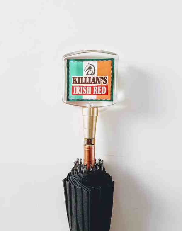 Vintage Killian's Irish Red Tap handle umbrella