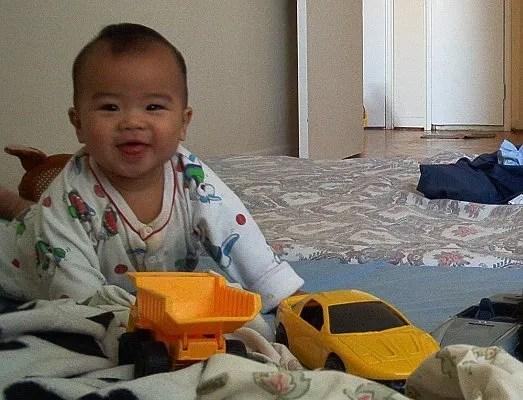 Toys help baby's brain development