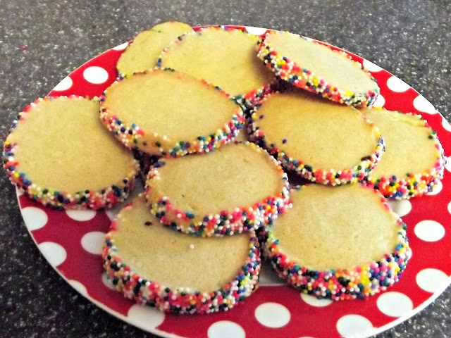cooked cookies on a spotty plate