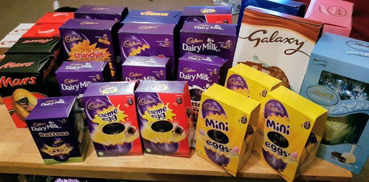 27 Easter Eggs