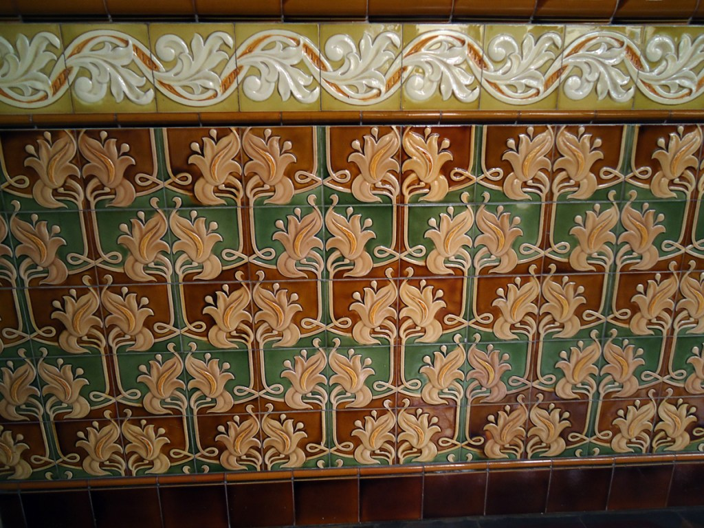 Detail of the beautiful tile work in the gallery