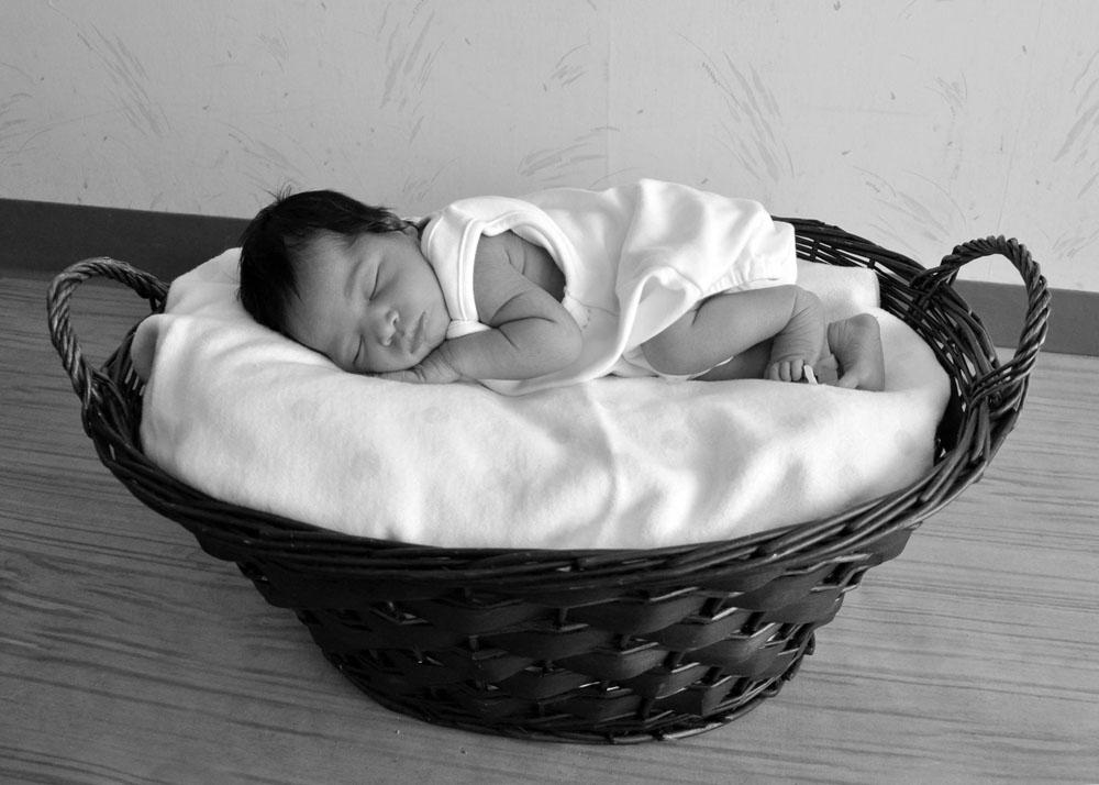 NewbornAmari2011