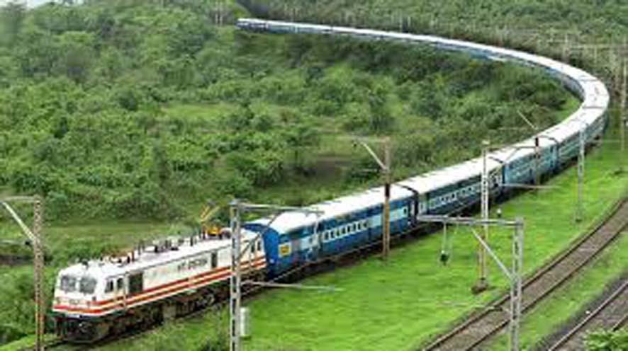 Trains pass through this major tourist spot of Jalore, but do not stop