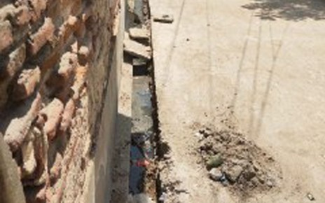 Payments have been made without high or grace, poor construction and drain construction