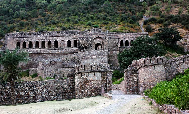 Haunted Bhangarh Fort in Alwar