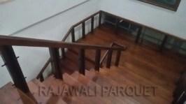 papan tangga kayu pemasangan