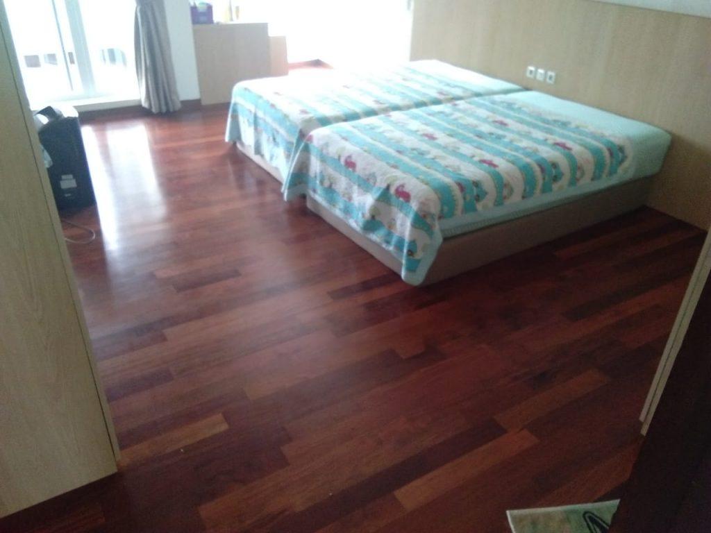 pemasangan lantai kayu Merbau Rumah 2