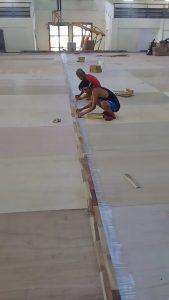 pemasangan lantai kayu Jati Gor satria Putra karawang 4