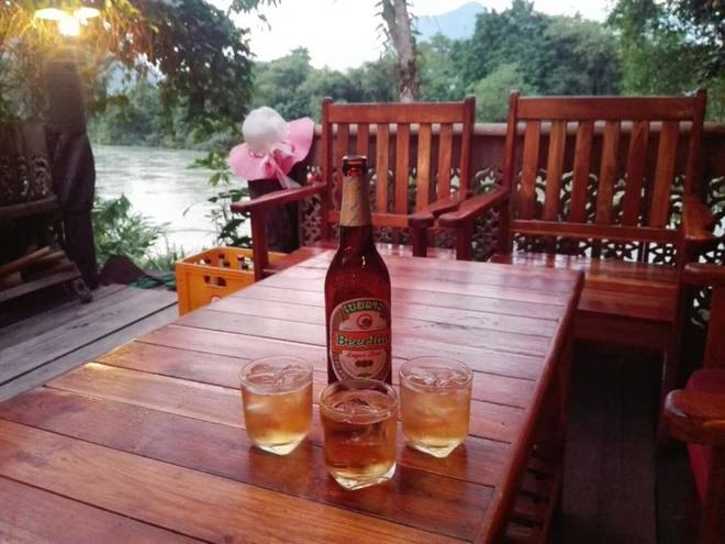 3-online-poker-players-living-in-laos