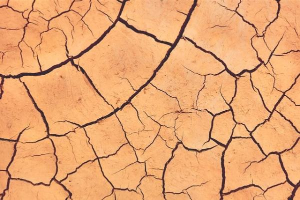 argile, élément terre, terre de beauté