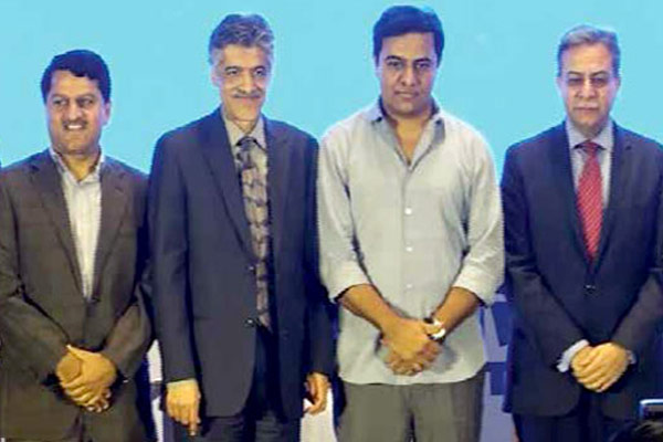 Telangana-IT-E&C-KT-Rama-Rao-along-with-other-dignataries-3