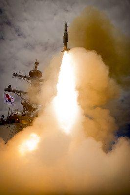 Standard_Missile2_defeats_aerial_targets