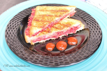 Carrot, Beetroot And Radish Sandwich