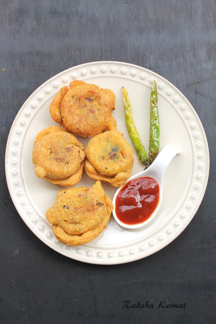 Bataat Wada | Potato Wada | Aloo Bonda