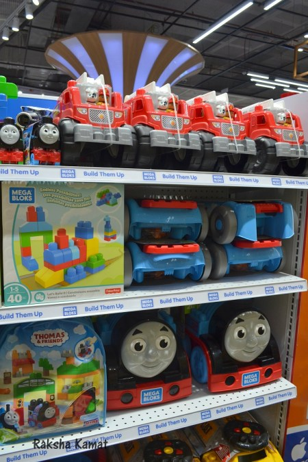 """India's First Toys""""R""""Us Store Launched In Pheonix Market ..."""