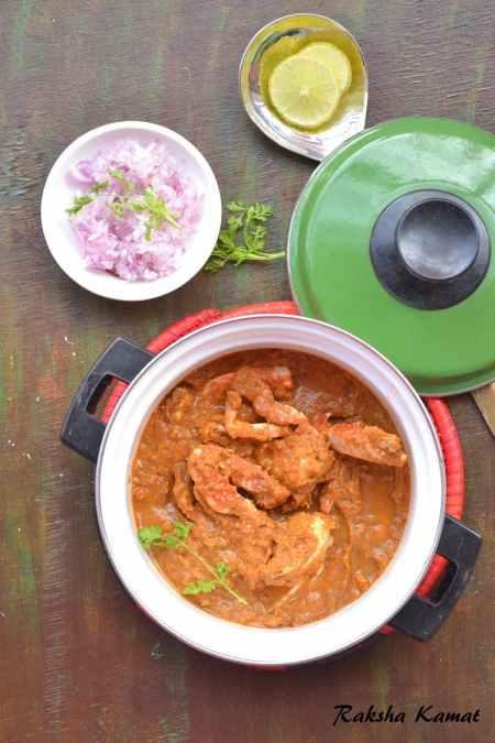Goan crab curry