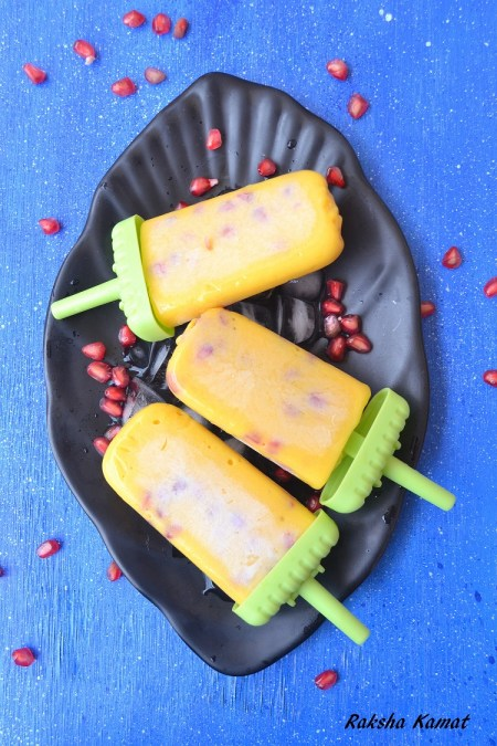 Mango pomegranate popsicle, mango recipe, mango popsicle, popsicles for kids