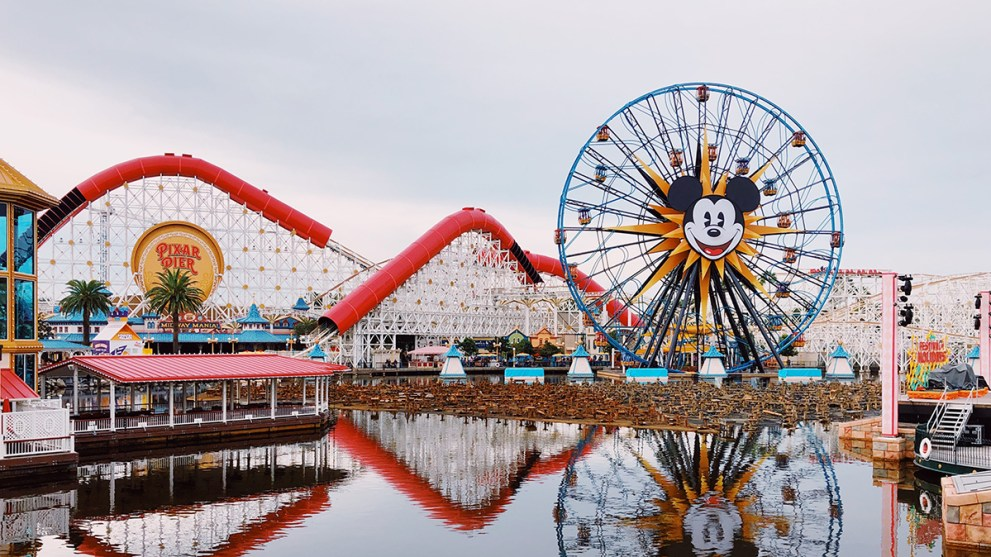 The Ultimate Disneyland Trip Planning Guide