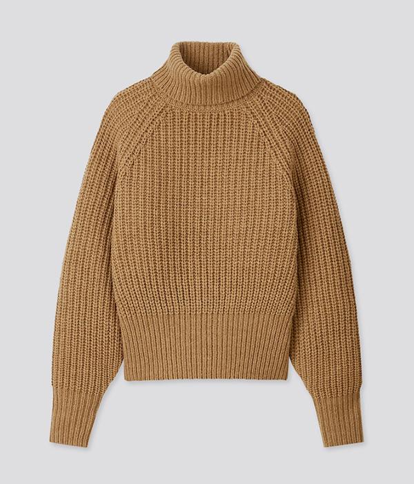 U Low Gauge Turtleneck Sweater