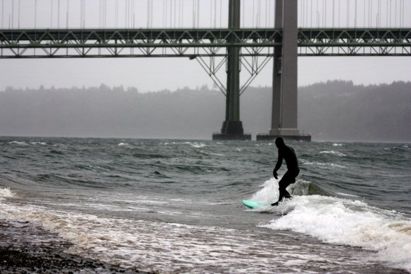 Tacoma-Narrows-Surfing-3