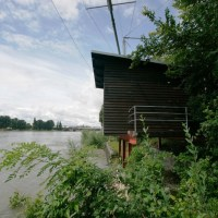 Fischergalgen am Rhein bei Basel