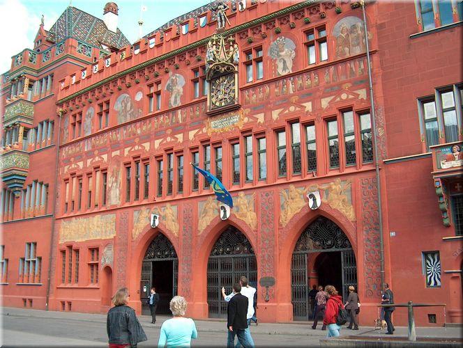 Wasserstand Marke am Rathaus Basel