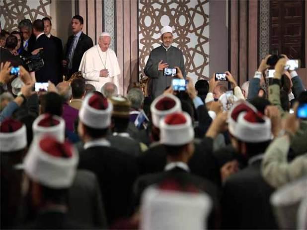 Papa-Fatikan-Egypt13