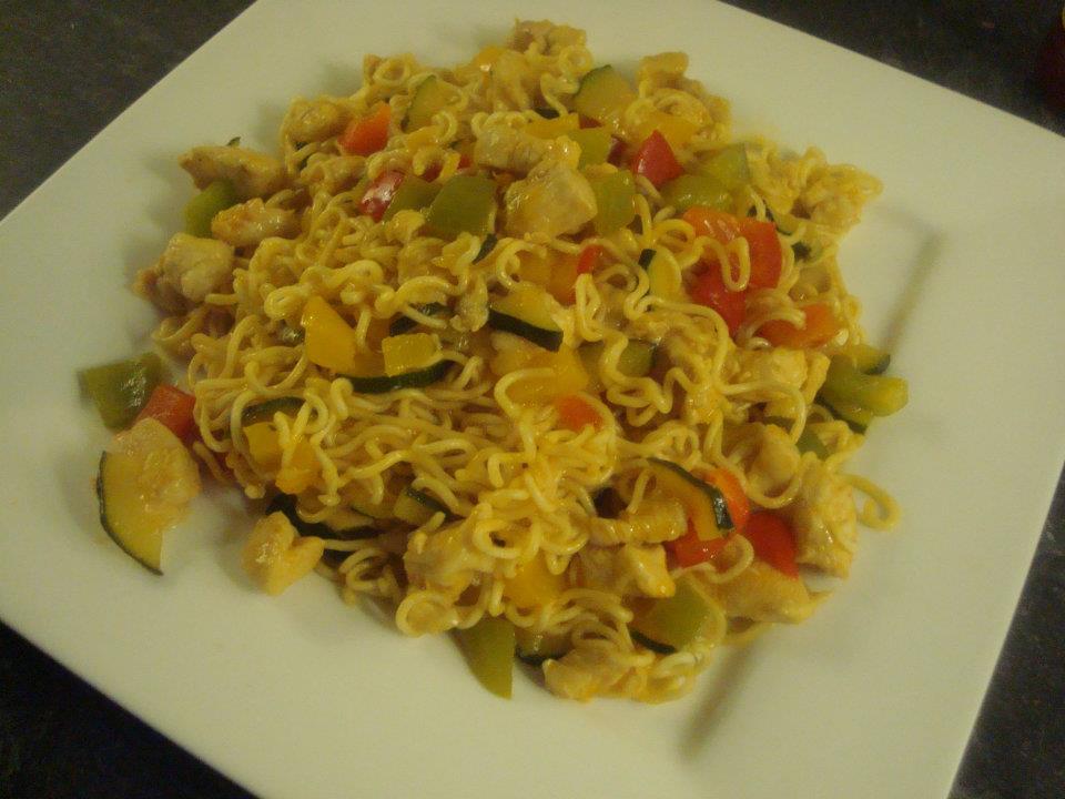 Sweet & Sour Noodles met Kip