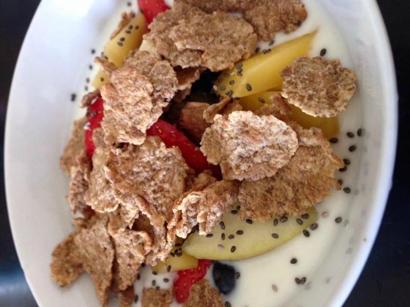Gezond ontbijt: Magere yoghurt met fruit