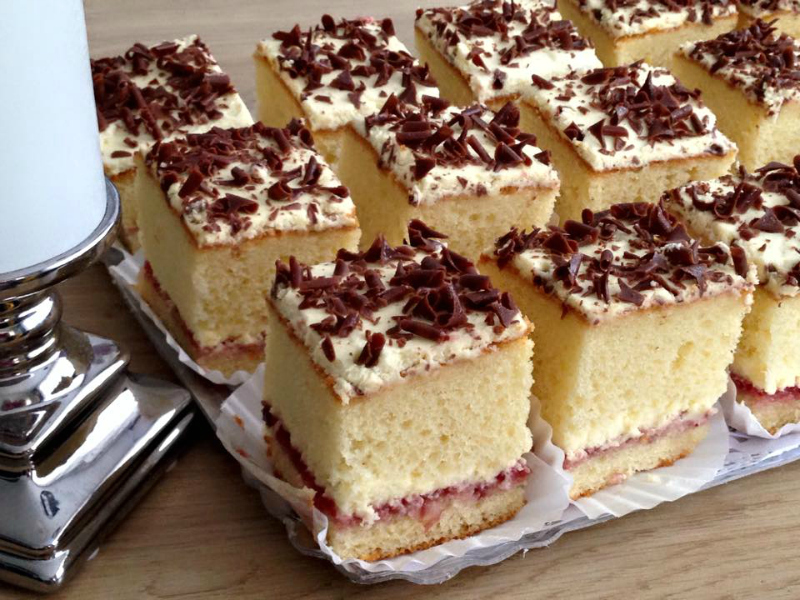 Slagroom cakejes met Danone