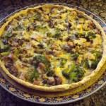 Quiche met kip, champignons en broccoli