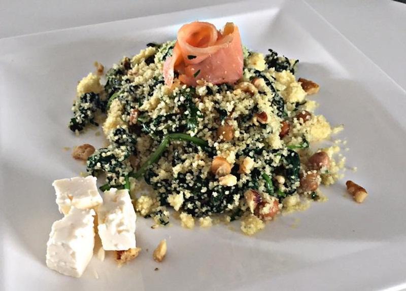 Couscoussalade met spinazie en feta