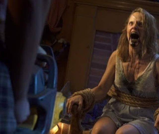 Watch Eliroth And Mena13suvari In This Hilarious Youre Not My Girlfriend Video