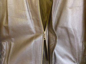 Zipper separating 2