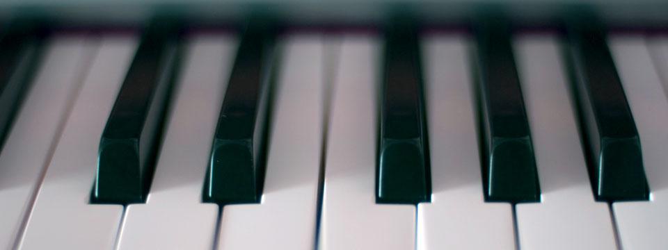 https://i1.wp.com/www.ramonaluengen.com/wp-content/uploads/2013/01/piano_blur_960.jpg?resize=960%2C360