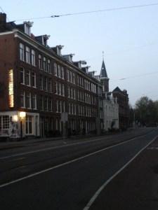 Voormalige groenmarkt Marnixstraat by Hannah Muysken (Het Aardappeloproer van 1917)