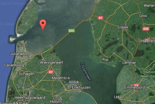 Screenshot Google Maps 2016 by IJsbrand Wildeman (The 1996 Dakota-crash in the Wadden Sea)