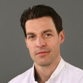 Tom van Mulken, Plastic Surgeon, Maastricht University Hospital Raimondo Cau Engeneer Technical University, Eindhoven
