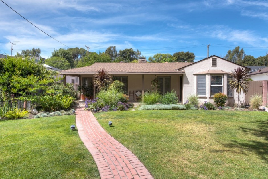 429 S Fairview St Burbank CA-large-001-a429Fp01-1498x1000-72dpi