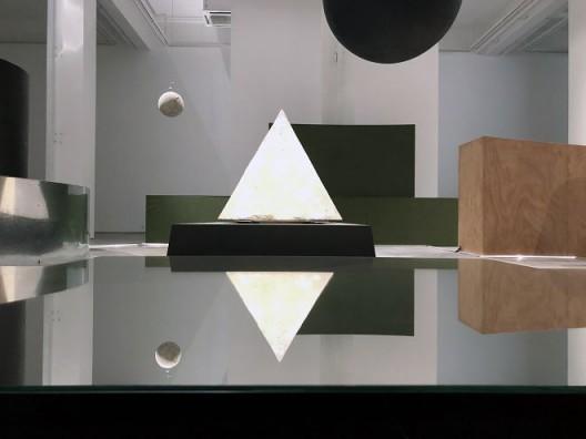 刘韡,《周期》,综合材料装置,尺寸可变,2018 (刘不一拍摄) 图文资料由刘韡工作室及长征空间提供