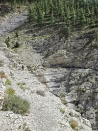 *** Les gorges de Saint-Pierre par le désert minéral