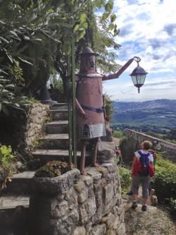 ** Saint-Michel l'Observatoire par les Craux sur le chemin de la pierre sèche