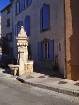 Fontaine de la place antique