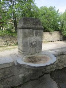 13 Fontaine du quai de Verdun