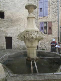 10 Fontaine du Souchet ou Gigot
