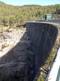 De Bibemus au barrage Zola : les vestiges du canal