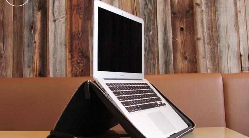 Helcy Notebooktasche mit Notebook