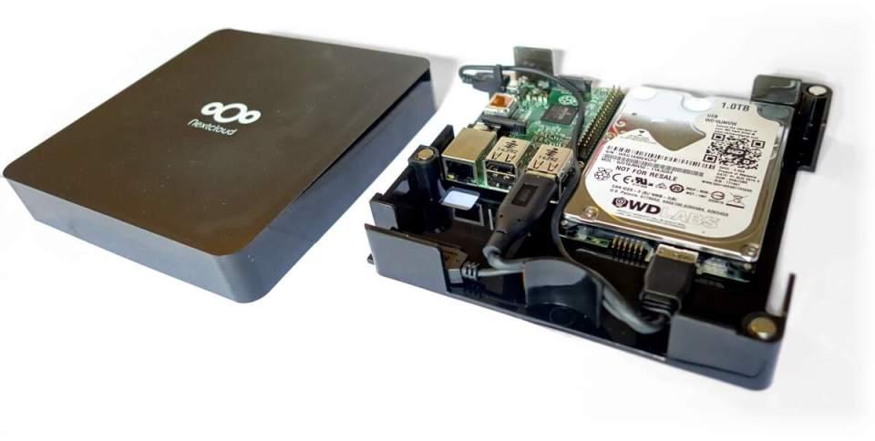 Das Innenleben der NExtcloud Box muss vom Anwender selbst bestückt werden (Bild: nextcloud.com).