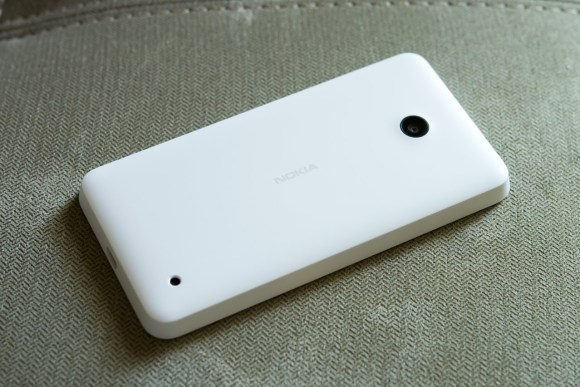 Lumia 635 back
