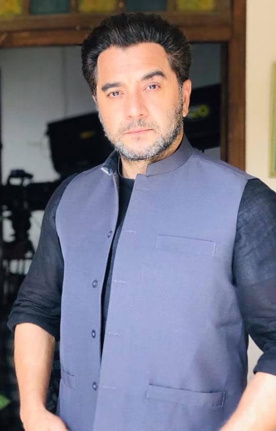 Kashif Mehmood Biography